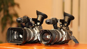 ДВЕ видеокамеры sony 2100