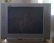 телевизор с плоским экраном