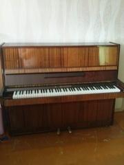 пианино , недорого