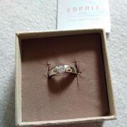 Продам новое серебряное кольцо 18 размер. Espirt.