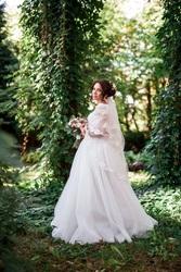 свадебное платье размер 44-46 на рост 164 + 7 см каблук