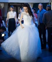 Внимание!!! Продаю красивое свадебное платье. НЕДОРОГО!