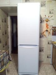 Продам большой холодильник
